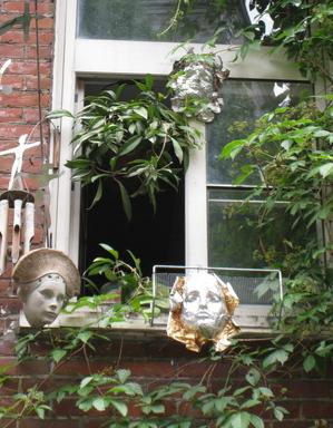 Quebec_Masks.jpg